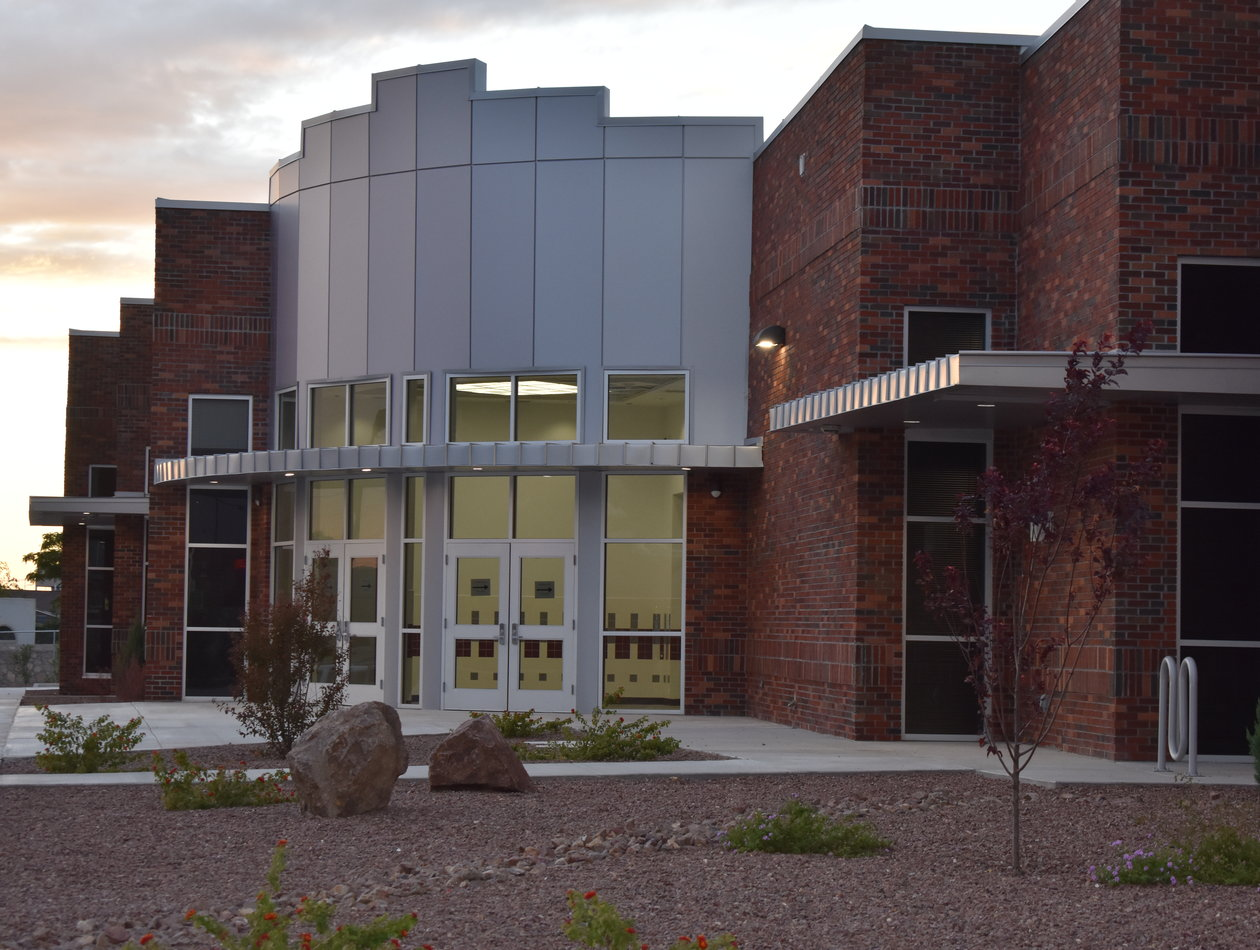 YSLETA HIGH SCHOOL OPENS NEW FINE ARTS CENTER