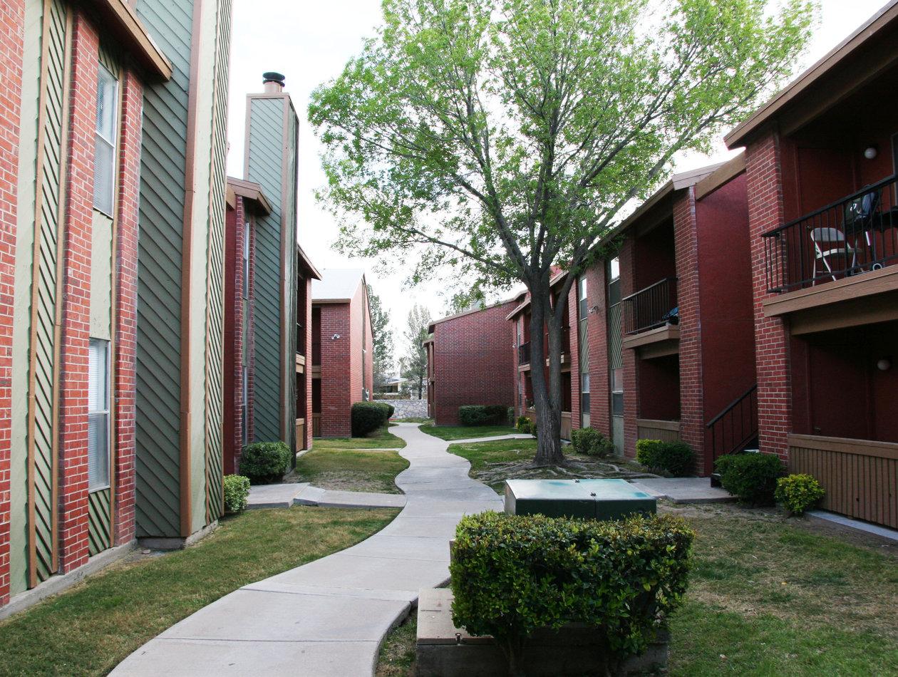 Foxglove Apartments